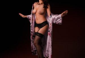 Lidia sensual masajista tantrica española